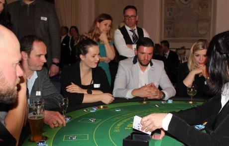 Besondere Party feiern mit gemieteten Roulette-Tischen